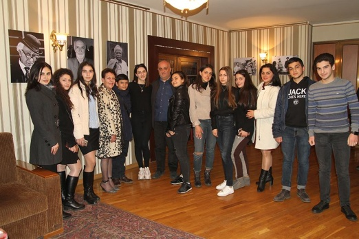 A wonderful day with Hrant Matevossian and the freshmen from Heratsi high school